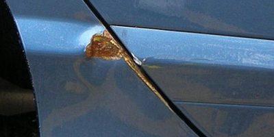 eliminare ruggine auto