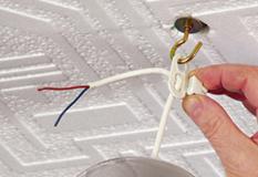 montaggio lampadario a sospensione 2